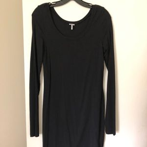 Splendid Classic black dress